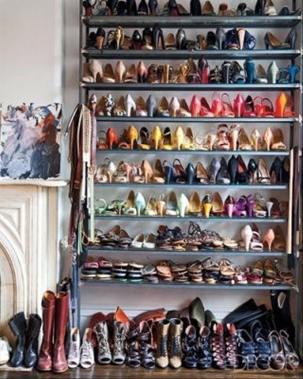 shoe-horders