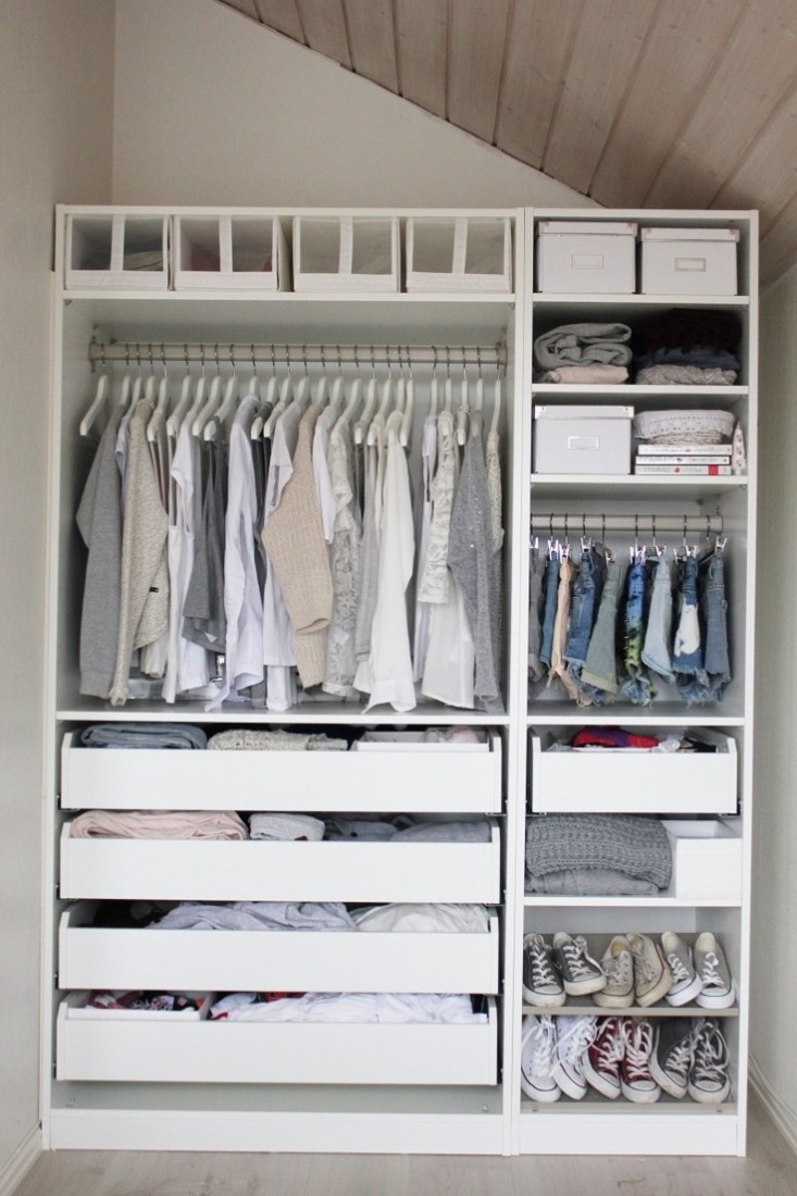 The reach in closet for Great closets
