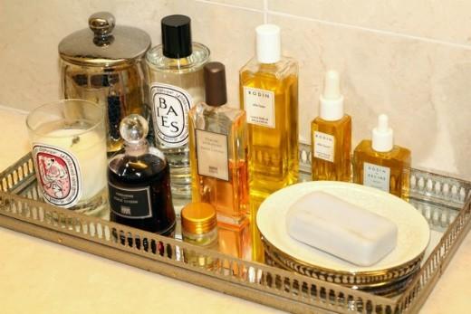 http:::iambornlippy.blogspot.com:2012:03:inspired-by-perfume-trays.html