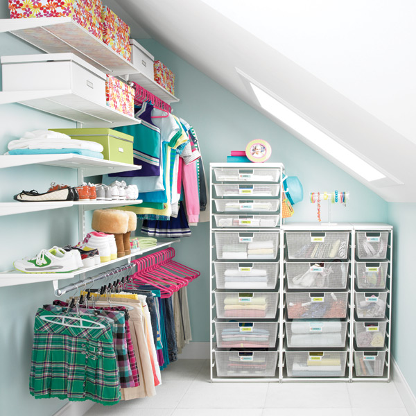 www.containerstore.com:shop:elfa:bestSellingSolutions:closets?productId=10029318&N=68559