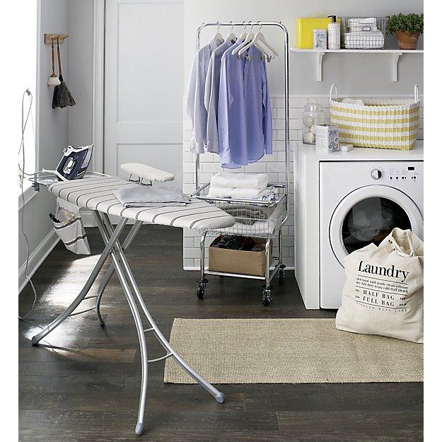 http-::www.crateandbarrel.com:laundry-butler:s638059