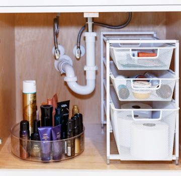Gain Storage In Your Bathroom With These Simple Tips